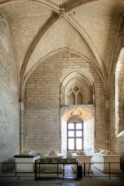 Cappella della Chapelle Clementine con sarcofagi