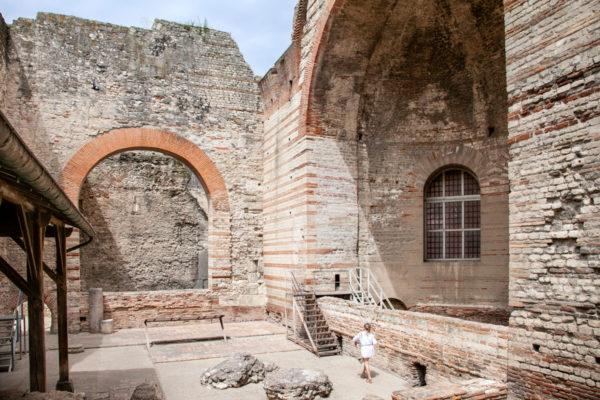 Cappella nelle terme di costantino sul fiume Rodano - Provenza