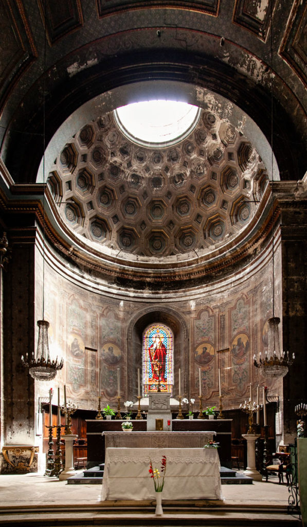 Cupola e pala di altare del XVI secolo - Chiesa Collegiata di San Martino - Saint Remy de Provence