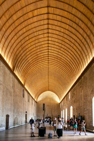 Grand Tinel - sala da pranzo e conclave del palazzo dei Papi ad Avignone