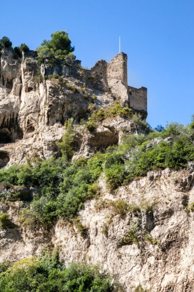 I resti del castello di Fontaine de Vaucluse