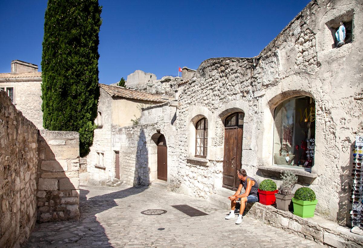 I ruderi e i negozi di Les Baux de Provence