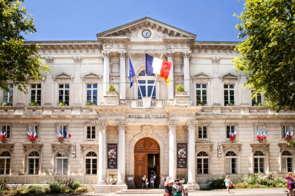 Il Municipio di Avignone