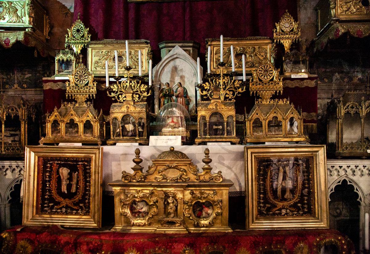 Il ricco reliquiario della Cattedrale Saint-Trophime di Arles