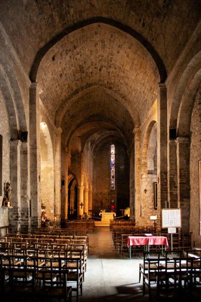 Interni della Chiesa Notre Dame de L'Assomption