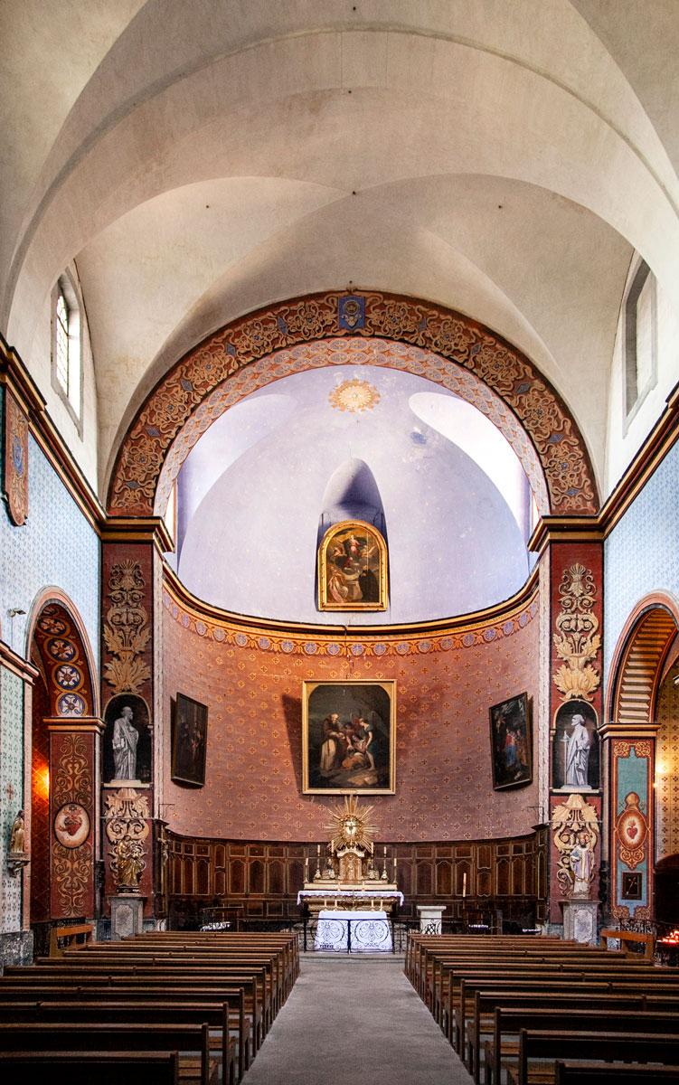 Interni della Chiesa di Saint Firmin - Gordes