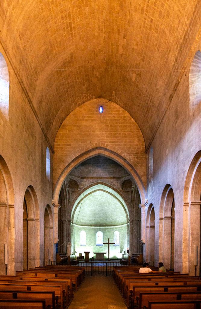 Interni della chiesa dell'abbazia di Sénanque