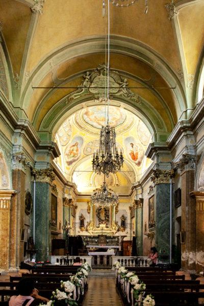 Interni della chiesa di nostra signora dell'assunzione - Eze Village