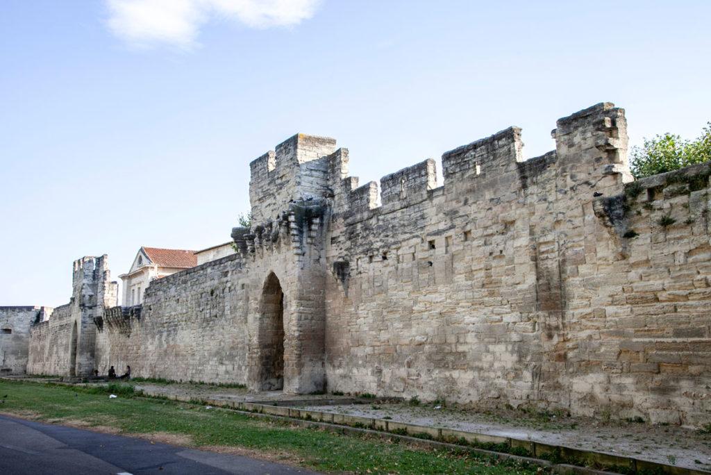 Mura storiche del centro di Avignone