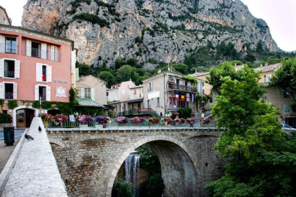 Ponte nel centro storico cittadino