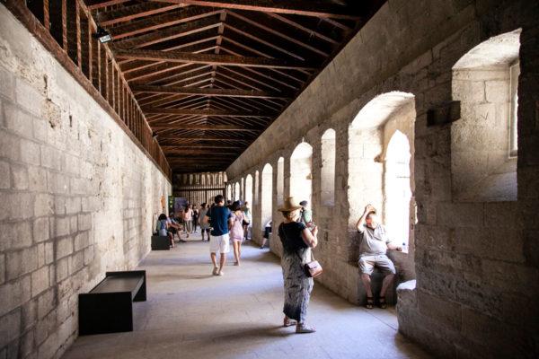 Porticato del primo piano su chiostro interno - Palazzo dei Papi Avignone
