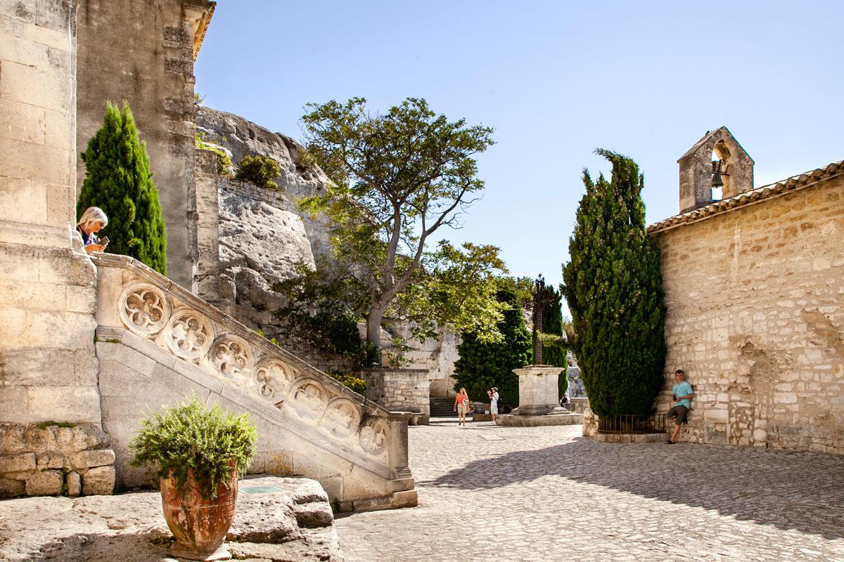 Scalinata della chiesa di Saint Vincent - Les Baux de Provence