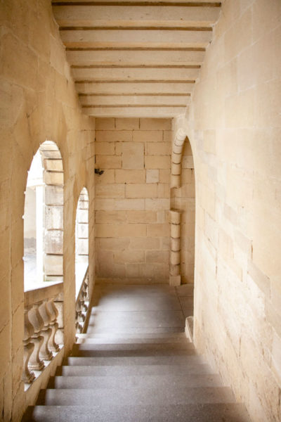 Scalinate del museo Reattu - Ex monastero di Arles