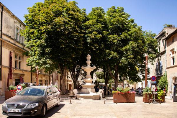 Una delle Numerose Piazze di Saint Remy de Provence