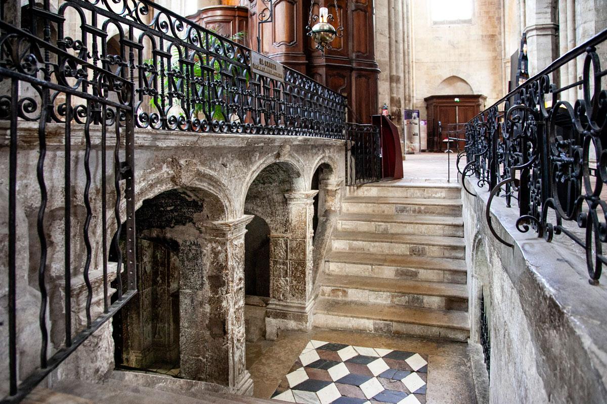 Accesso alla cripta della Maddalena - Saint Maximin La Sainte Baume