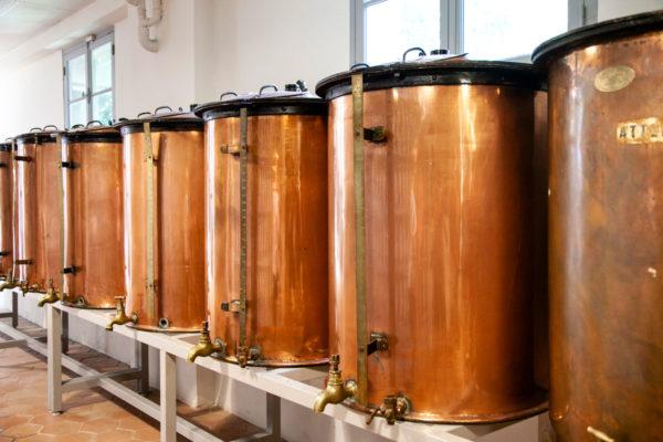 Cisterne con essenze per i profumi