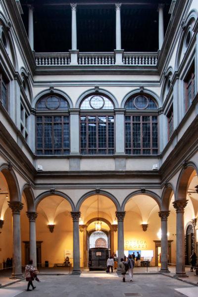 Cortile Interno di Palazzo Strozzi - Firenze