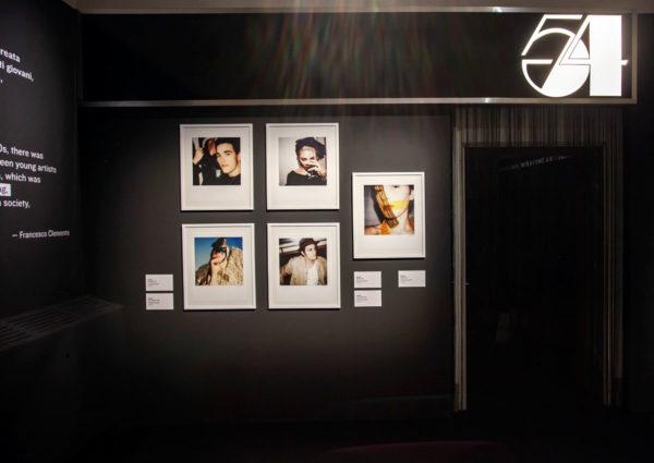 Fotografie di Maripol su scenografia di Studio 54 - Warhol and Friends - Mostra a Bologna