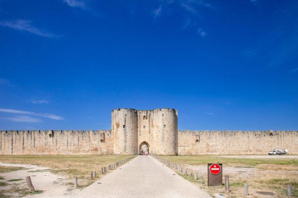 Ingresso ad Aigues Mortes - Porta cittadina e cinta muraria della città