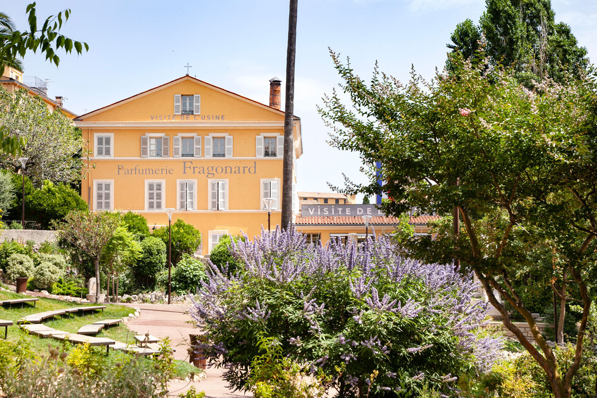 Parfumerie Fragonard - Facciata sui giardini pubblici - Grasse