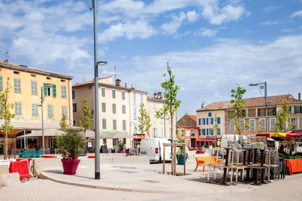 Place Malherbe di Saint Maximin La Sainte Baume - caffe e brasserie