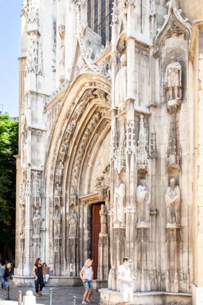 Portale di ingresso del duomo di Aix en Provence