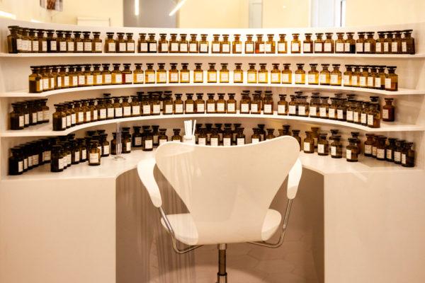 Postazione di lavoro del naso - Parfumerie Fragonard - Fabbrica del profumo di Grasse