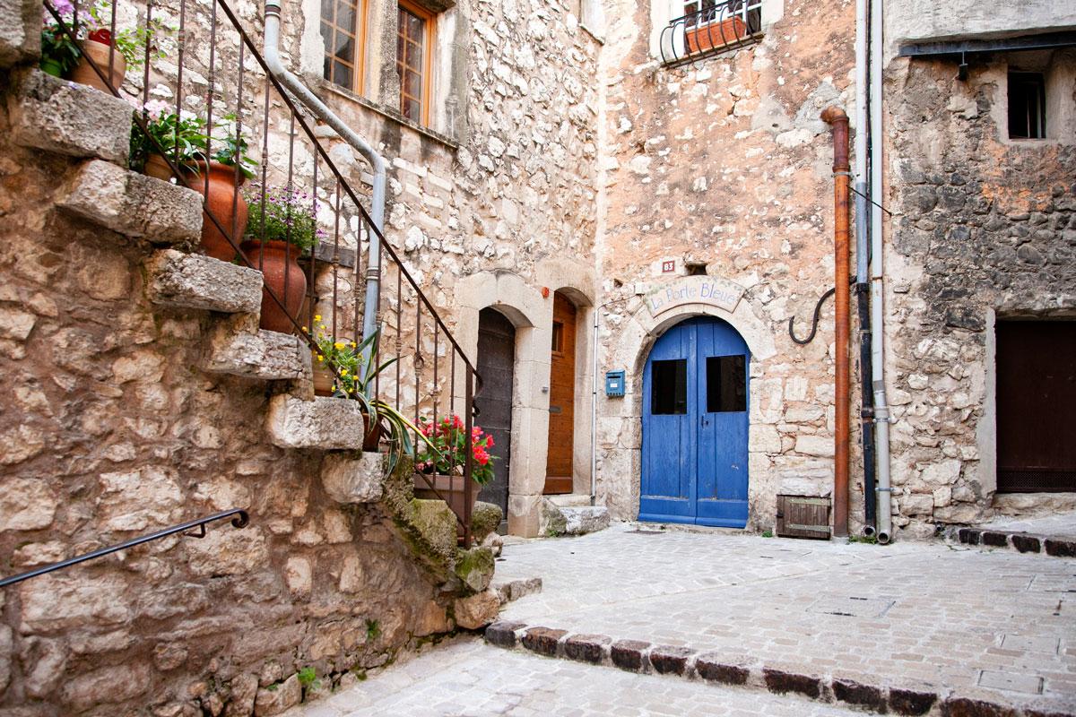 Scalinate e porte di Tourrettes sur Loup - Provenza