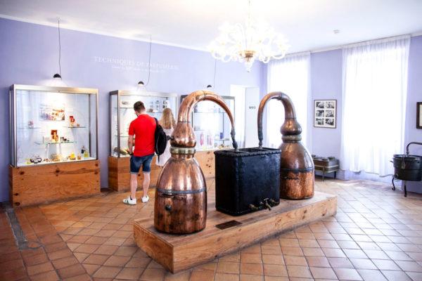 Vecchi macchinari nel museo del profumo - Parfumerie Fragonard