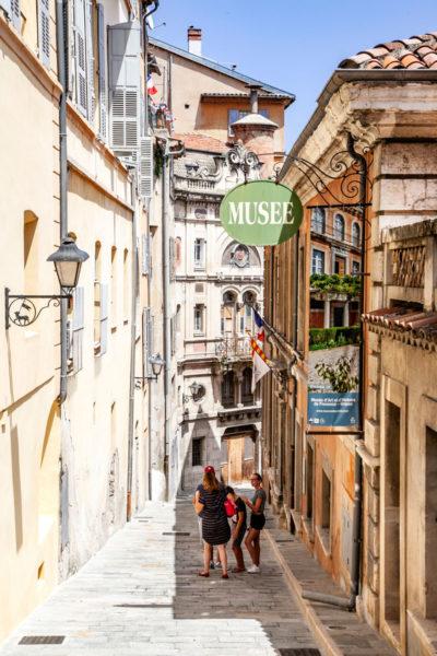 Vicoli del centro storico di Grasse