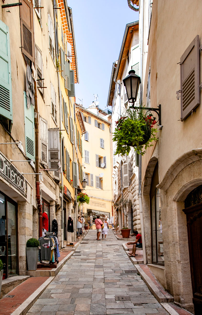 Vie del centro medievale di Grasse - Città del Profumo della Provenza