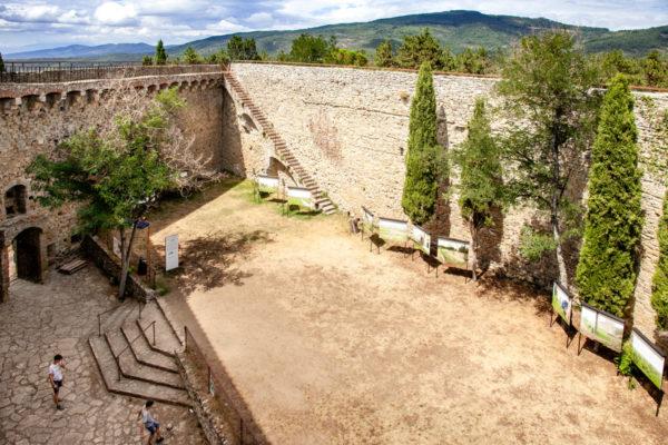 Camminamenti sulle mura della Fortezza del Girifalco