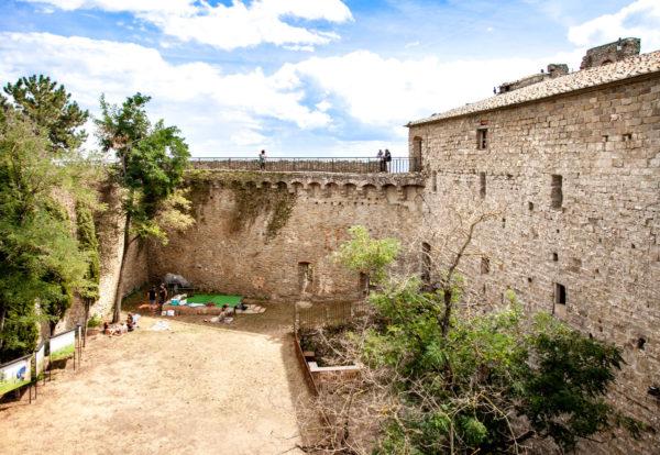 Cortile interno della fortezza del Girifalco