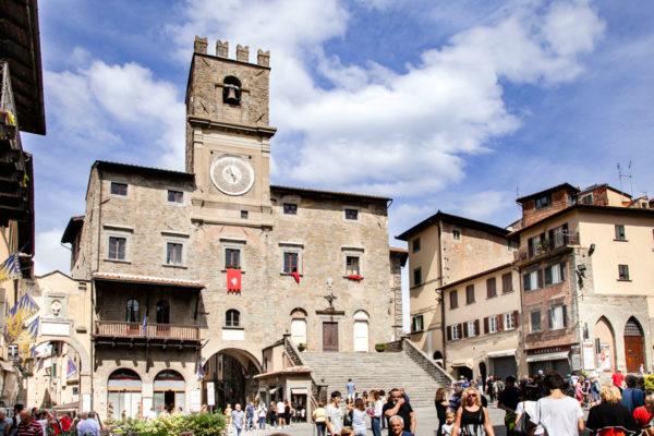 Cortona - Piazza della Repubblica Palazzo Comunale e Torre dell'Orologio