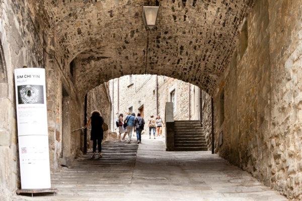 Cortona - Via Santucci 5 - Arco davanti ex magazzino delle Carni