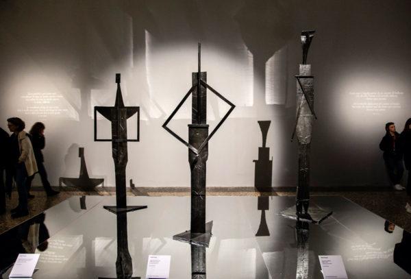 I bagnanti di Picasso - Sculture su specchio a Palazzo Reale di Milano