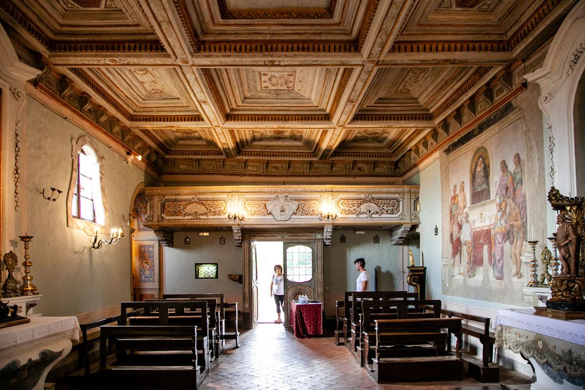 Interni della chiesa di San Niccolò