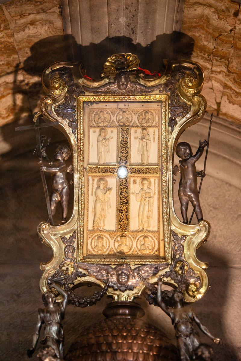 Reliquia della Santa Croce nella chiesa di San Francesco di Cortona