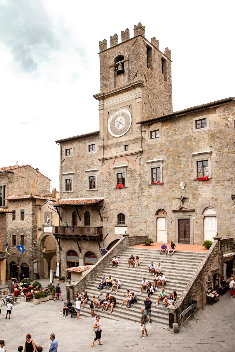 Torre dell'Orologio e Palazzo Comunale - Cosa Vedere a Cortona