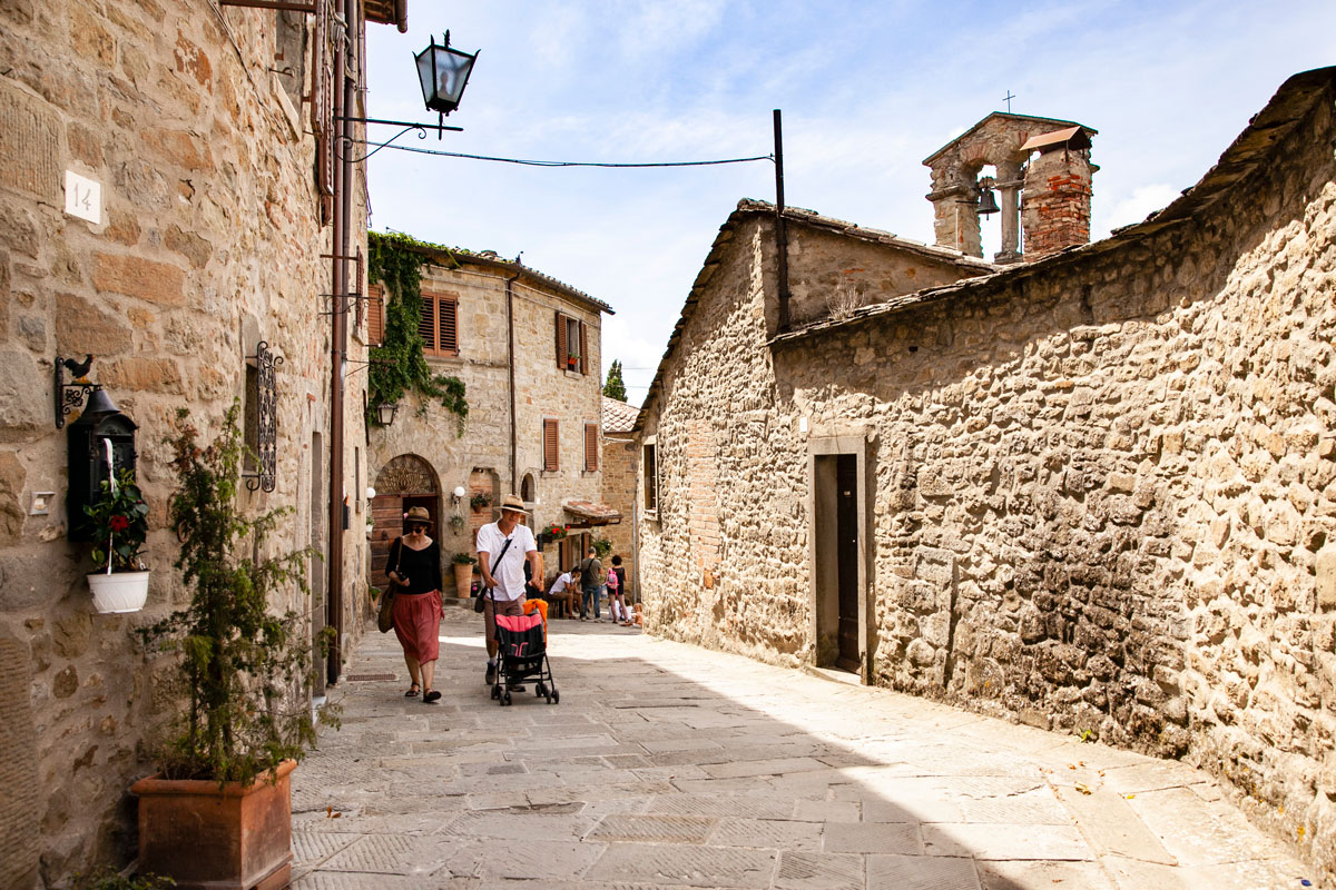Vicoli di Cortona dietro alla chiesa di San Cristoforo