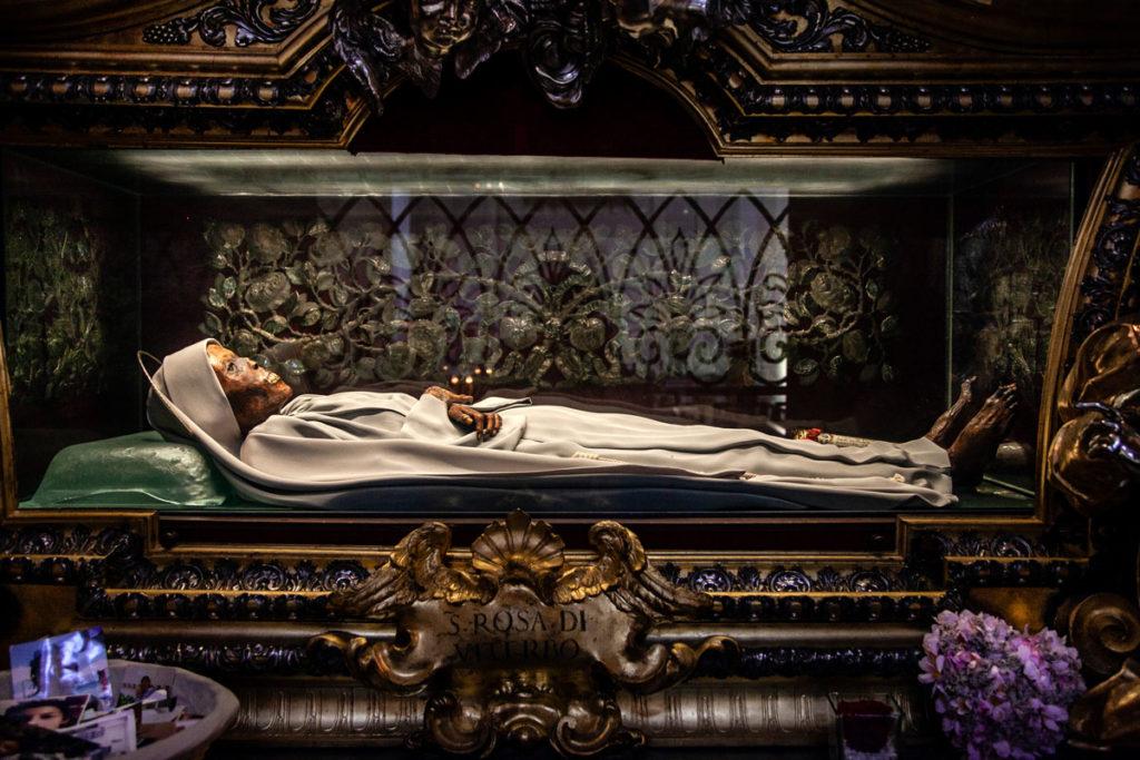 Corpo conservato di Santa Rosa - Dentro Teca bronzea