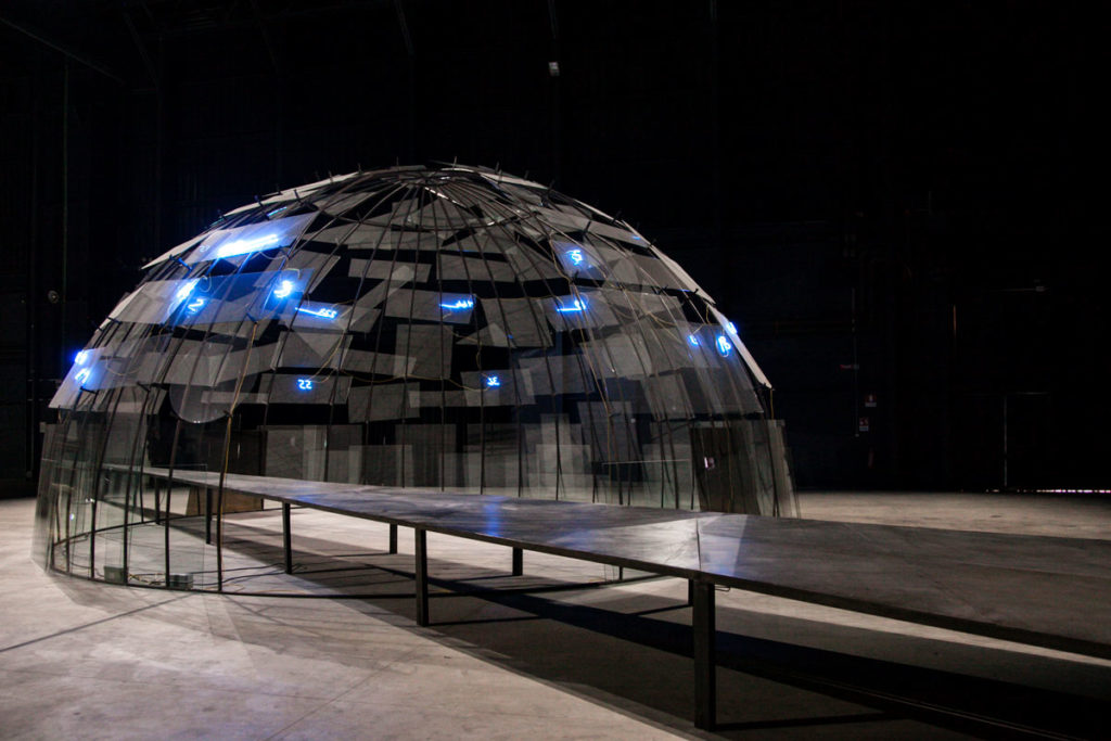 Mario Merz - Mostra Igloos Hangar Bicocca Milano