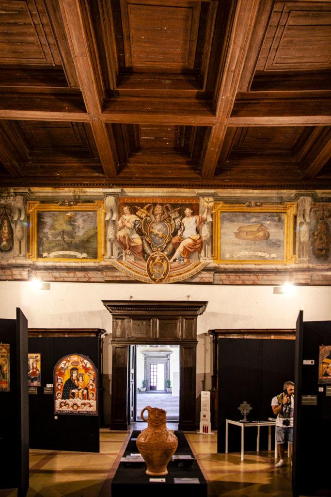Palazzo dei Papi - Sala Museale con Reperti