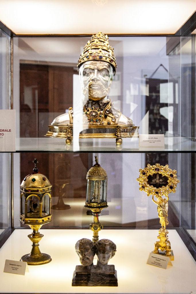 Settore Storico Artistico e Arte Sacra nel museo del colle del duomo