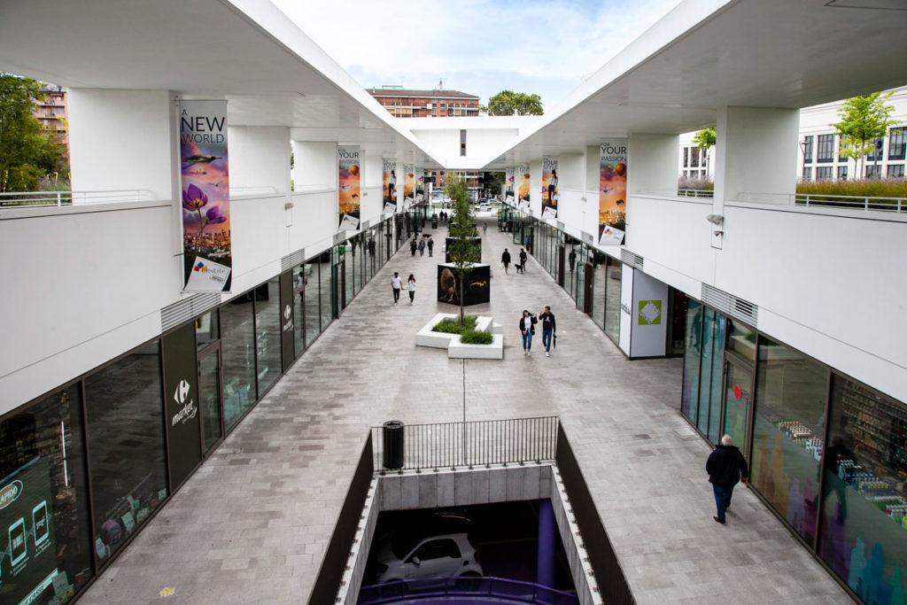 Promenade open air - Negozi e parcheggi di CityLife