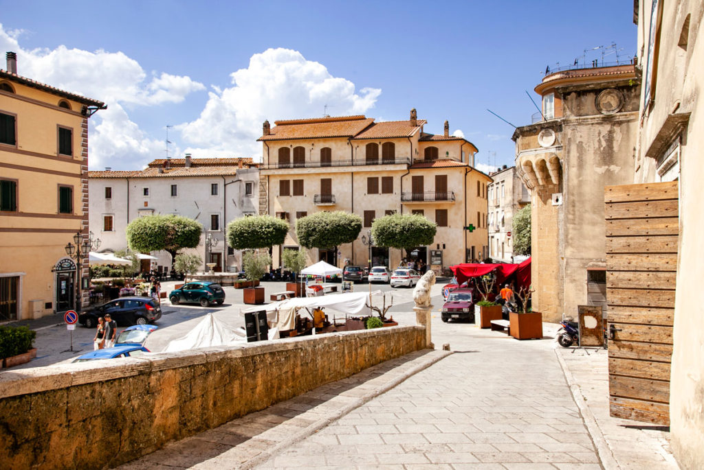 Rampa di accesso a palazzo Orsini - Cosa vedere a Pitigliano