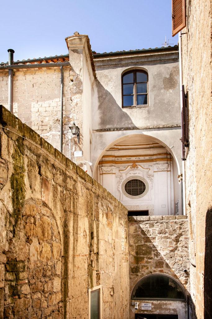 Sinagoga vista da fuori - Ghetto di Pitigliano
