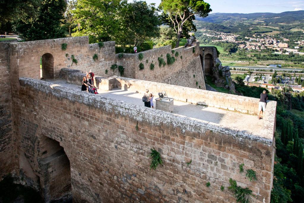 Fortezza Albornoz - Le Mura Cittadine