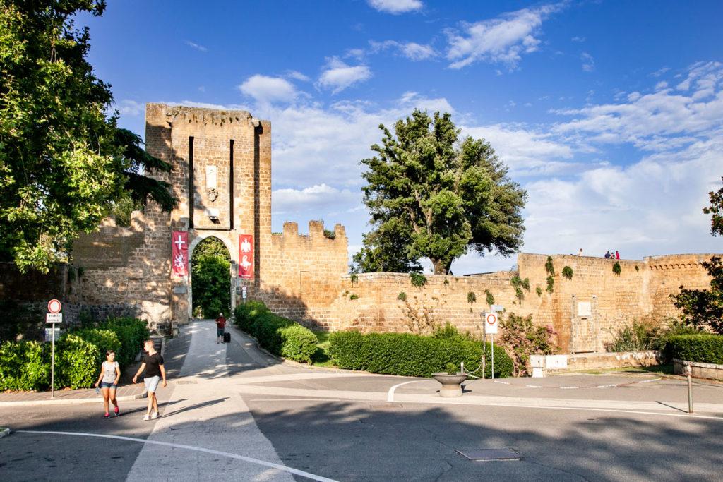 Porta Rocca - mura cittadine