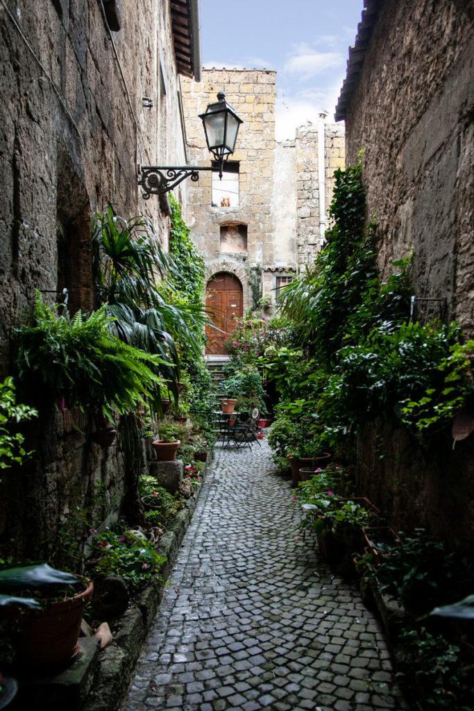 Verde e Mura nel centro storico di Orvieto